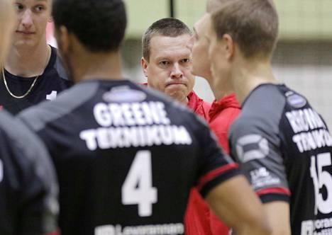 VaLePan valmentaja Radovan Gacic on aloittanut kauden voitokkaasti joukkueensa kanssa.