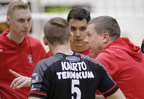 VaLePan uusi valmentaja Radovan Gacic (oikealla) yrittää viedä seuraa kohti entistä isompaa menestystä.