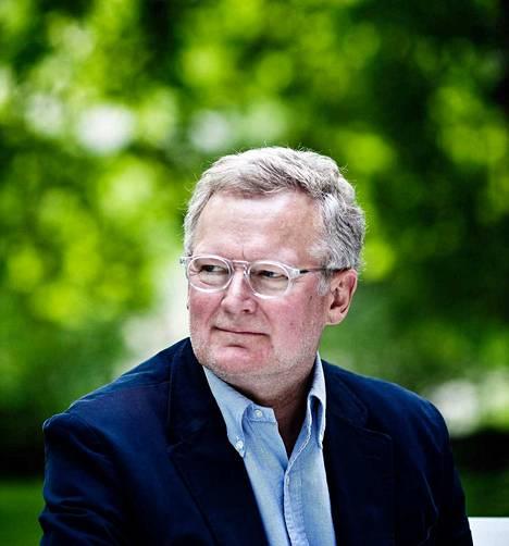 Digitaalisen työn asiantuntija, tutkija ja kouluttaja Esko Kilpi vastaa uuden työn haasteisiin muun muassa kohdennetulla läsnäololla.