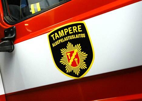 Naapuri havaitsi palon ja hälytti pelastuslaitoksen Valkeakosken Kaapelinkulmalle torstaina kello 8.51.