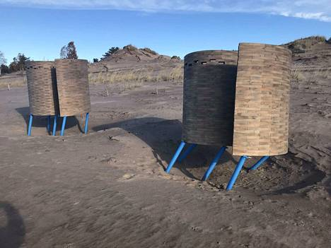 Yyterin uudet pukukopit joutuivat kumartumaan luonnonvoimien edessä.