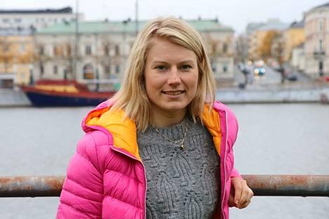 Lotta Lepistö opetti kolme vuotta pääkaupunkiseudun nuorille kuskeille joukkueessa ajamista.