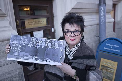 Heidi Martikaisen suosikkikuva on tämä. Hänellä on paljon muistoja uuden kuvakirjan helmistä. Kirjassa on sata kuvaa, joita ei ole ennen ollut Tampere-seuran julkaisuissa, joten löytöjä on tarjolla runsaasti.
