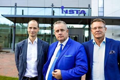 Intopalon toimitusjohtaja Juha Latvala (vas.), Insta Groupin toimitusjohtaja Henry Nieminen ja Insta DefSecin varatoimitusjohtaja Jari Mielonen sanovat, että datan hyödyntäminen muuttaa liiketoimintaa.