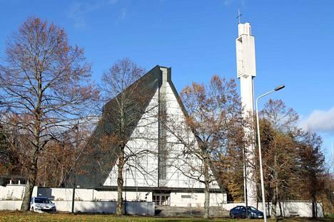 Valkeakosken kirkko valmistui 1969 ja sen suunnitteli arkkitehti Veikko Larkas.