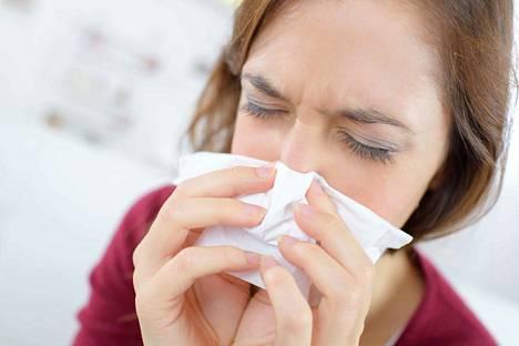 Kelan tilastot osoittavat, että sairauspoissaolojen määrä on vähentynyt 2010-luvulla.