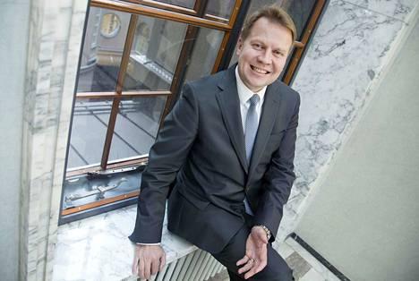 Lännen Median tietojen mukaan kansanedustaja Harri Jaskari (kok.) on hakemassa Kuntaliiton toimitusjohtajan paikkaa.