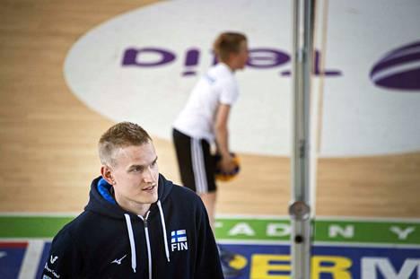 Sauli Sinkkonen oli yksi Akaa-Volleyn kulmakivistä Hurrikaani-ottelussa.