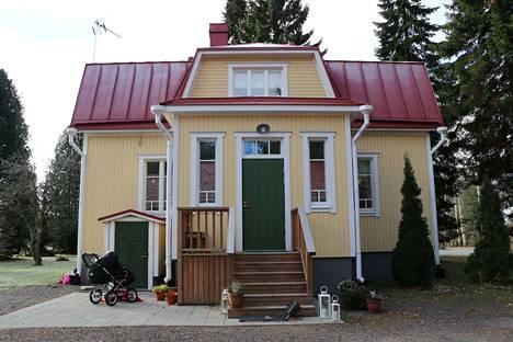 Kurrun ja Asikaniuksen talo on rakennettu jo vuonna 1930, mutta Kurrun suvun omistukseen se tuli todennäköisesti vasta 1950-luvulla.