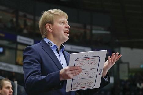 Jukka Rautakorpi palasi Tapparan päävalmentajaksi kaudelle 2017–2018.