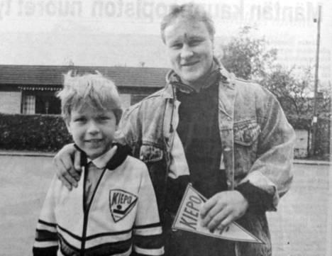 8-vuotias Jari Palva-aho tapasi idolinsa Risto Siltasen Tampereella vuonna 1988.