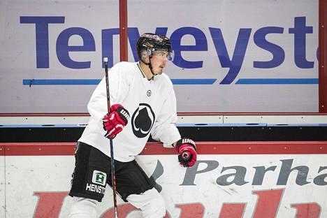 Jussi Makkonen myöntää ajautuneensa uransa vaikeimpaan paikkaan.