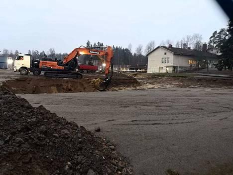 Vareliuksen koulun rakentaminen etenee.
