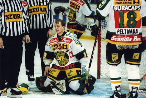 Mika Manninen pelasi Ilveksessä SM-liigaa vuosina 1992–95.
