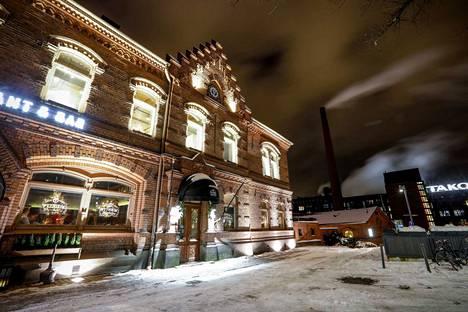 Restamaxin pääkonttori sijaitsee panimoravintolan yläkerrassa Tampereen keskustassa Tammerkosken partaalla.