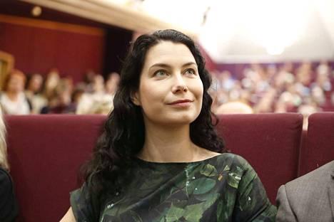 Kansanedustaja Emma Kari ei lähde kilpailemaan puolueen puheenjohtajuudesta.