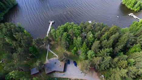 Kansainvälisen savusaunaklubin savusauna valmistuu Reipissä kunnan omistaman saunan oikealla puolella sijaitsevaan metsikköön.