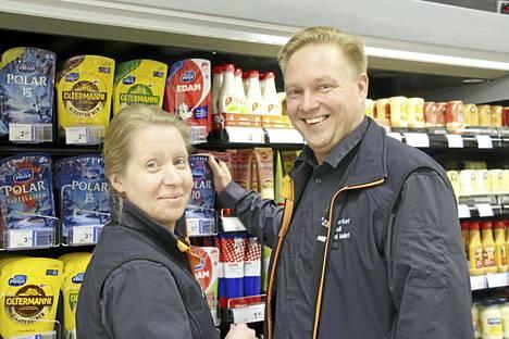 Keurusseurun vuoden 2018 yrittäjiksi on valittu kauppiaspari Outi ja Toni Mulari. He luotsaavat K-Supermarket Järvituulta Keuruun Tervassa.