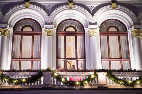 Tampereella joulurauha on perinteisesti julistettu Raatihuoneen parvekkeelta. Nyt kaupunginhallitukselle esitetään, että tästä perinteestä luovutaan.