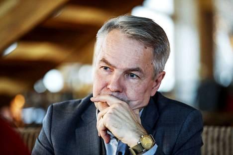 Pekka Haavisto kertoi tostaina lähtevänsä kisaamaan vihreiden puheenjohtajuudesta.