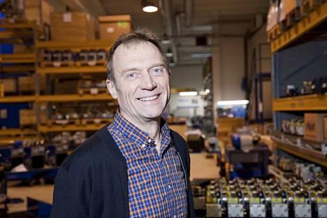 Dynasetin perustaja ja toimitusjohtaja Reijo Karppinen on tyytyväinen veronmaksaja.