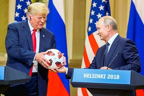 Trump ja Putin tapasivat viimeksi heinäkuu puolivälissä Helsingissä.