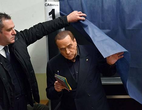 Silvio Berlusconia ei nähtykään keskiviikkona Helsingissä.