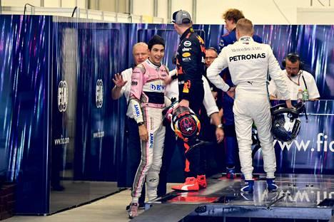 Max Verstappen oli raivoissaan Esteban Oconille Brasilian gp:n jälkeen, sillä hän menetti kilpailun voiton ranskalaisen törmättyä häneen.