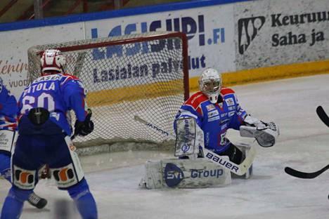 Paavo Hölsä palkittiin pelin parhaana pelaajana.