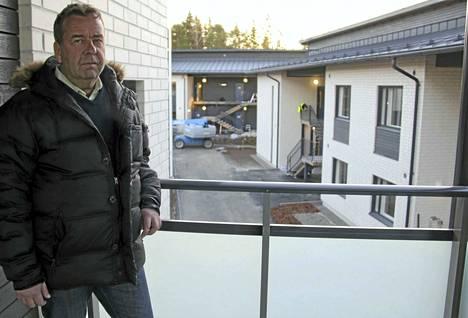 Jouni Ottosson toteaa luhtitalojen olevan odotettu helpotus Naantalia vaivaavaan vuokra-asuntopulaan. Naantalin Vuokratalot toivoo pääsevänsä rakennuttamaan pienkerros- tai luhtitalon asuntomessualueelle sekä kerrostalon lähemmäs keskustaa.