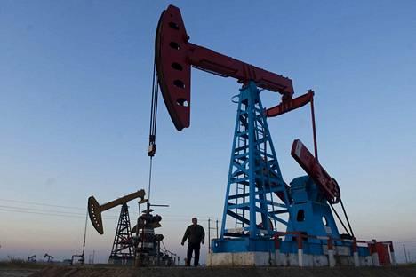 Eurooppa tuottaa liikaa bensiiniä noin 1,2 miljoonaa barrelia päivässä. Bensiinin tuotanto Euroopassa oli lokakuussa noin 2,9 miljoonaa barrelia.