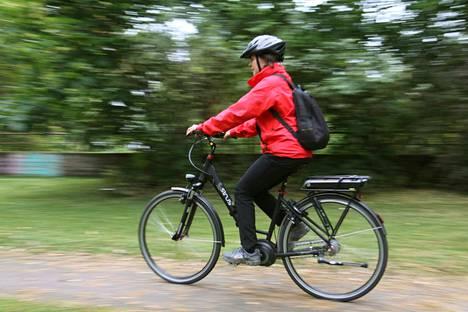 Sähköpyöräily on kasvattanut suosiotaan.
