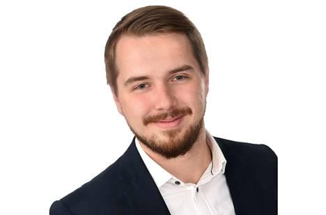 Länkipohjalaissyntyinen Veli-Matti Peltola on valittu Tradenomiliiton hallituksen puheenjohtajaksi.