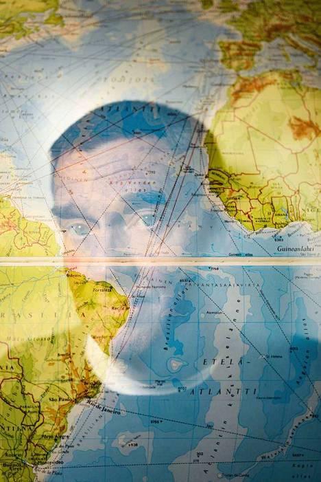 Saint Helenan saarella on suuri merkitys kirjailija Olli Jaloselle ja hänen uralleen.