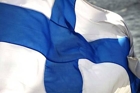 Itsenäisyyspäivänä nostetaan Suomen lippu salkoon. Testaa tietosi itsenäistymisen yksityiskohdista visassa.
