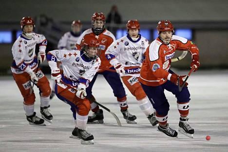 Narukerän Jukka Loukkola onnistui tekemään maalin HIFK:n verkkoon perjantain vierasottelussakin.