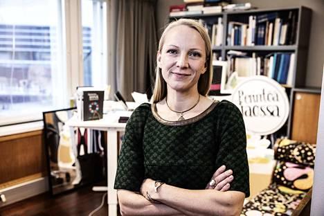 –Yritykset ja yksityiset ihmiset ovat verotuksellisesti eriarvoisessa asemassa, sanoo toimitusjohtaja Liisa Suvikumpu Säätiöiden ja rahastojen neuvottelukunnasta.