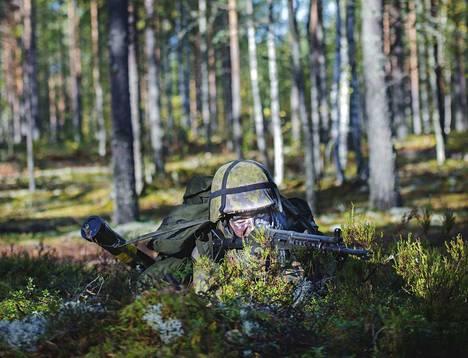 Sinisten tavoitteena on saada varuskunta Suomen jokaiseen maakuntaan.