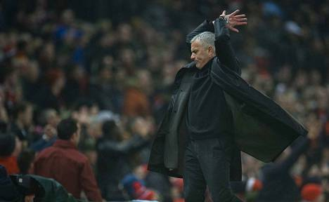 Jose Mourinho on tällä kaudella ehtinyt suuttumaan useammastakin asiasta.