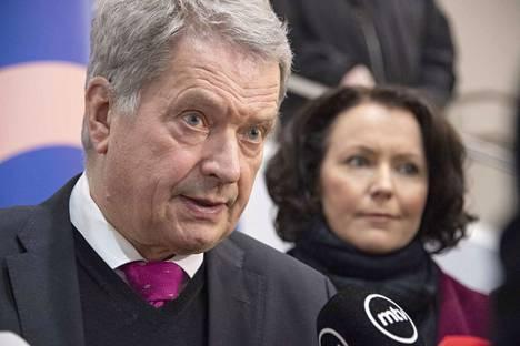 Presidentti Sauli Niinistölle tehdään keskiviikkona lonkkaleikkaus.