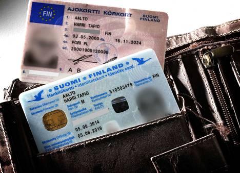Kun kyse on pankin verkkotunnuksista, henkilöllisyyden voi todistaa vain henkilökortilla tai passilla. Ajokortti ei kelpaa.