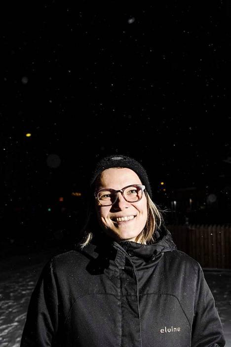 Anni Lötjönen ennen keikkaa.