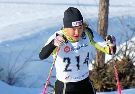 Riina Hakala aloitti vauhdikkaasti kilpailukauden hiihtoladuilla. Avauskisoista Hakala nappasi kaksi hopeaa.