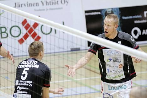 Näidenkin VaLePa-pelaajien nimet löytyivät Tyrvään Sanomien kuva-arvoituksista.