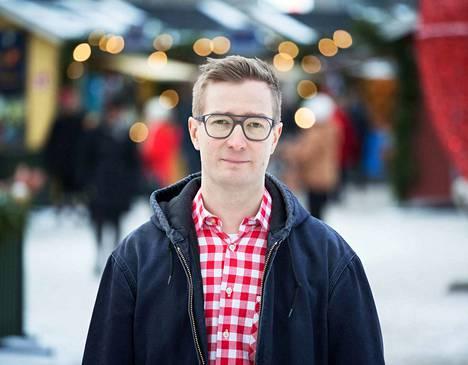 Kansanedustajaehdokas Oras Tynkkynen nousi varasijalta eduskuntaan 2004. Tynkkynen jättäytyi eduskunnasta 11 vuoden jälkeen vuonna 2015. Hän jäi varasijalle vuoden 2014 europarlamenttivaaleissa.