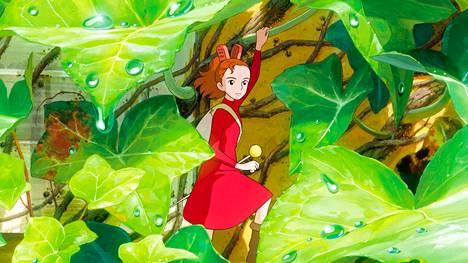 Arietta on peukaloistyttö. Kätkijät-elokuvassa Arietta näyttäytyy ihmispojalle, vaikka ei saisi.