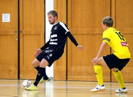 Mikko Matinaro oli hyvällä pelituulella Ilvestä vastaan.
