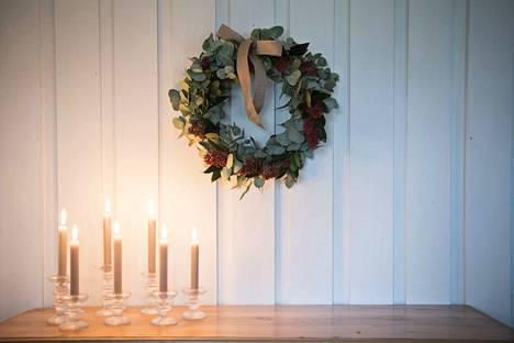 Joulun pyhät hiljentävät paperilehden pariksi päiväksi, mutta verkko valvoo.