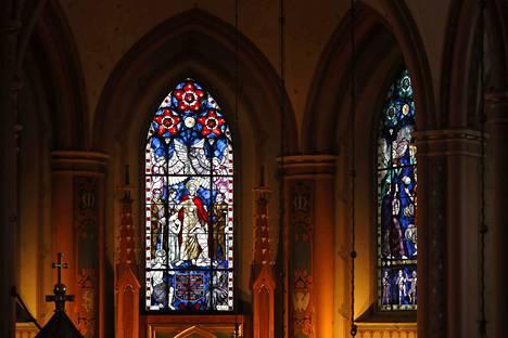 Mangus Enckellin lasimaalaus Keski-Porin kirkossa.