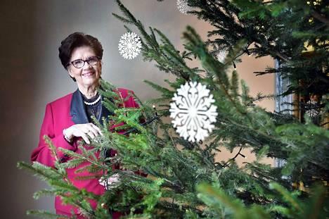 –Olen syntymäpäivästäni johtuen joulun lapsi. Siksi joululla on minulle aivan erityinen merkitys, politiikan jättävä kansanedustaja Sirkka-Liisa Anttila toteaa.